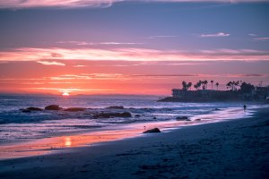 beachSunset_andre-benz-230287
